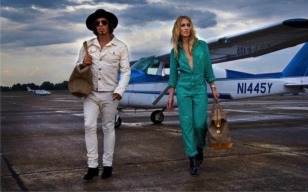 The Jane Shermans plane Veta&Theo.jpg