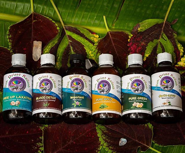I'm now taking orders for the Priest Kailash full body cleansing kits! This cleanse works systematically to detoxify your body at a cellular level while also alkalizing and revitalizing to have you performing at your peak. . When you purchase this cleanse you'll also receive access to the herbal healing master class we got during our retreat! This class goes in-depth into each product and how it interacts with your body as well as plenty of extra information on topics such as the alkaline diet, how your thoughts effect your food, Irish moss And much much more. . This order is limited so send me a DM to get more information and secure your package. #detoxify #treatyoself