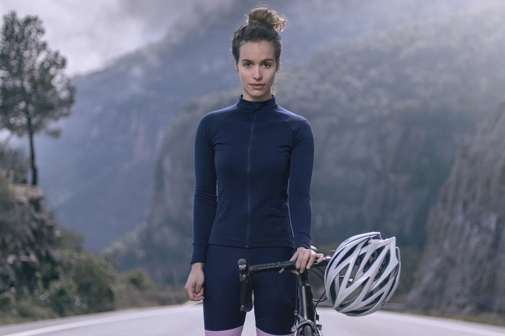 568ff1cbd19 7 Merino must-haves for winter riding — Casquette