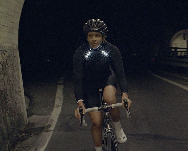 @toastkaren takes this flashy jacket out for a night on the town, then and a night in the woods, to see if it really is the answer to our visibility prayers… Read all about it in the KNOW HOW section of our site. Link in Bio⠀ ⠀ #CYCLING #ROADBIKE #CYCLIST #BIKESTAGRAM #CYCLINGLIFE #STRAVACYCLING #ROADCYCLING #INSTACYCLING #RIDEYOURBIKE #ILOVEMYBIKE #CYCLISTS #LOVECYCLING #INSTACYCLE #CYCLINGLOVE #INSTABICYCLE #CYCLISTLIFE #OUTSIDEISFREE #FROMWHEREIRIDE #WTMTM #ROADSLIKETHESE #ROADPORN #WYMTE #SOCKDOPING #CYCLECHIC #CYCLINGKIT #CYCLINGAPPAREL #CYCLESTYLE #CYCLEGEAR #CYCLINGGEAR #KITPORN @metiercycling