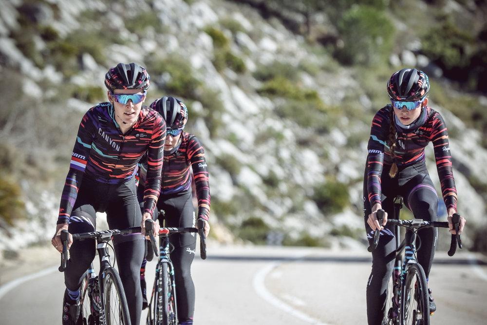 WMN-130827 womens cycling casquette.jpg