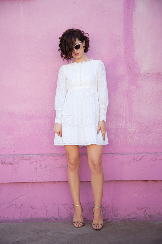 karla-white-vintage-mini