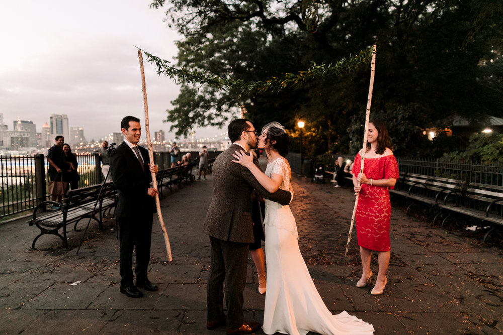 Brooklyn-Heights-Promenade-Friends-of-farmer-wedding-+70.jpg