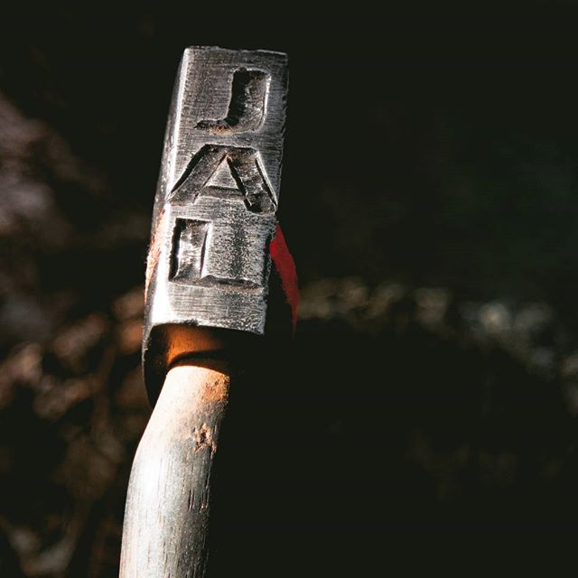 Hammer side of an axe.  AXE ID tag. ⚒️🔥