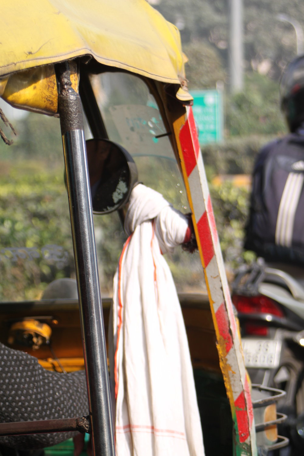 ANOTHER AUTO RICKSHAW (DETAIL)