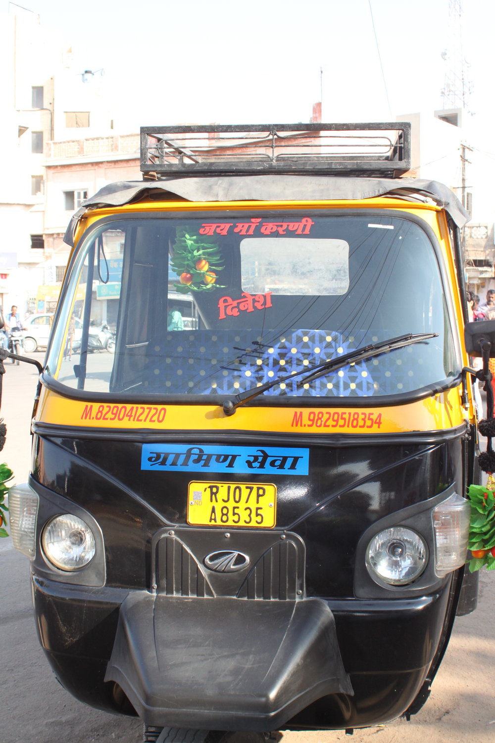 Local transportation: the auto or auto rickshaw
