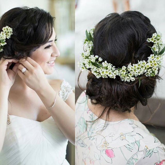 Delicate Florals make some of the best Halo's. Hair -@face_it_sugar