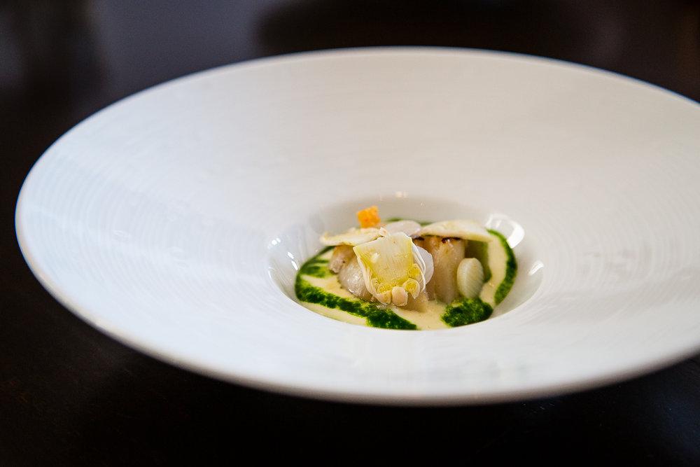 Seared Hokkaido scallop, bernaise, herb sauce, crouton, shaved white asparagus
