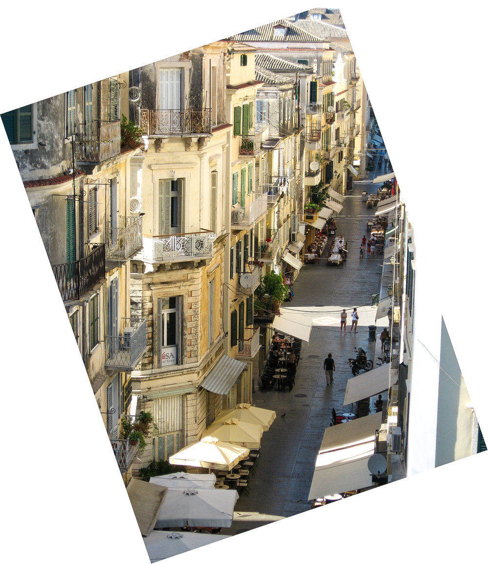 It still baffles me why I took so many diagonal photos at this time. Corfu.