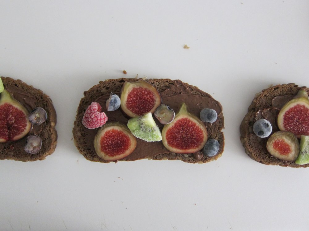 Fig and Chocolate Sandwich
