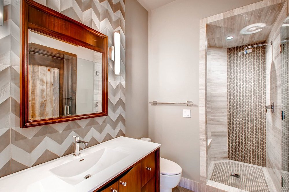 23 Lower Level Bathroom.jpg