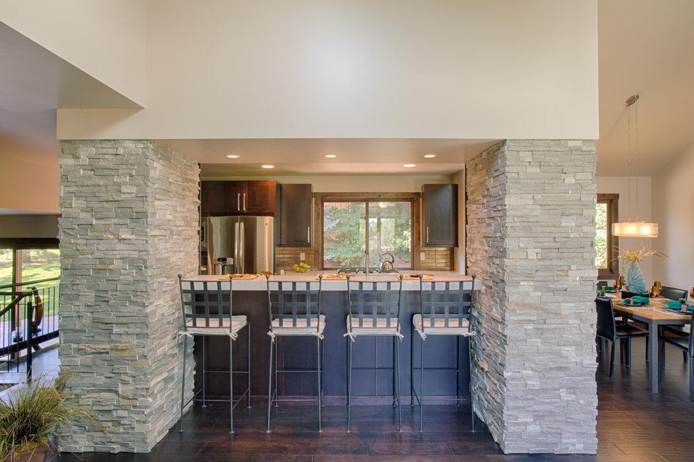 powderhorn.kitchen.1.jpg