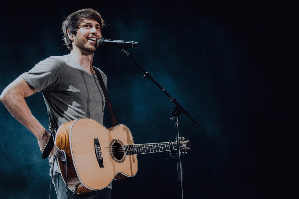 Morgan Evans at Ascend Amphitheatre for CMA Fest in Nashville, TN on June 9th   Morgan is one of my favourite new comers on the country scene this year. I saw him play in 2017 at CMA Fest and I was hooked. But it was this year that he really started to take off. Can't wait to see what the next year brings for him.