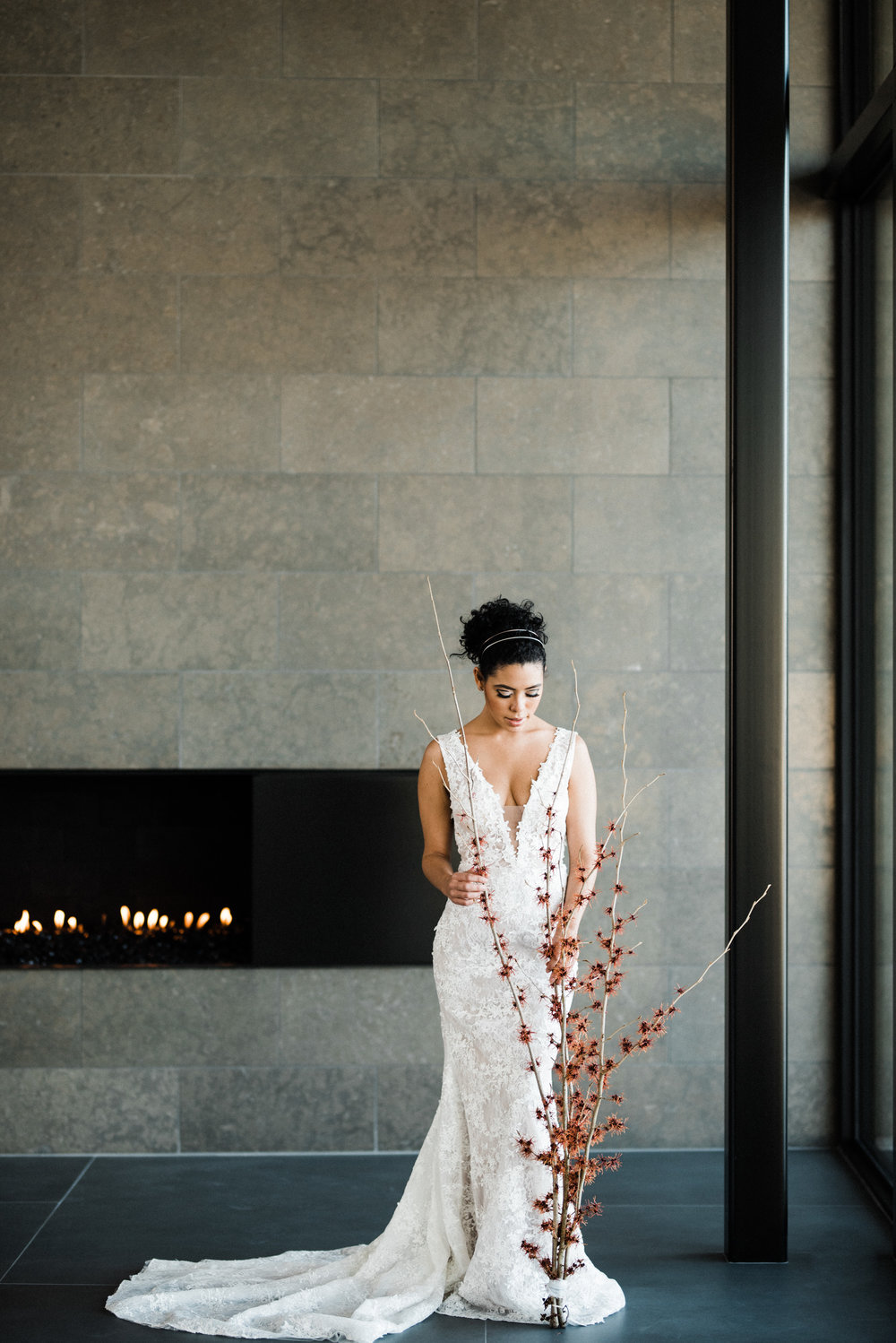 Kristen Kay Photography _ Modern Mansion Bridal Shoot-28.jpg