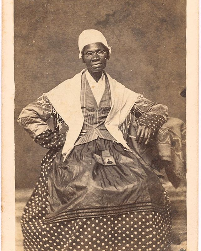 What are your favorite resources that were digitized this year? @atlasobscura has a great round up (link in profile), including this 1863 portrait of Sojourner Truth from @librarycongress. #historyrelevance #digitalhistory #primarysource #sojournertruth