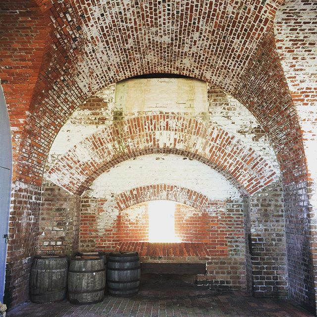 Is your work affected by the #governmentshutdown? How are you dealing with this crisis? What are your concerns for #historyrelevance when the government is closed? Pictured: @fortpulaskinps in Savannah.