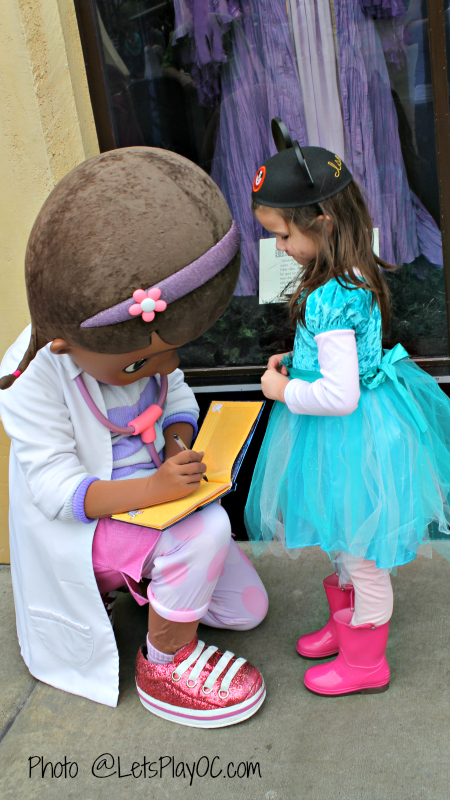Disney CA Doc McStuffins Photo at LetsPlayOC 348.jpg