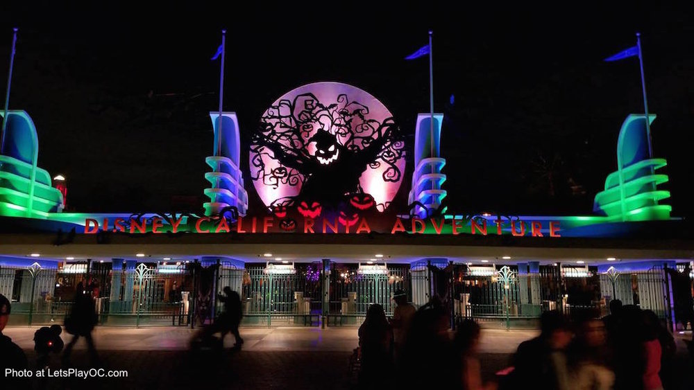 Disney California Adventure Park Halloween Oogie Boogie Photo at LetsPlayOC.jpg