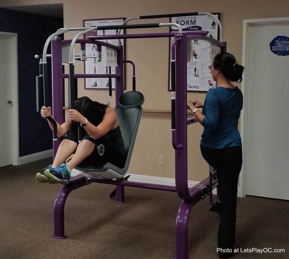 Curves Women Fitness Laguna Niguel Stretch Machine Photo at LetsPlayOC.jpg