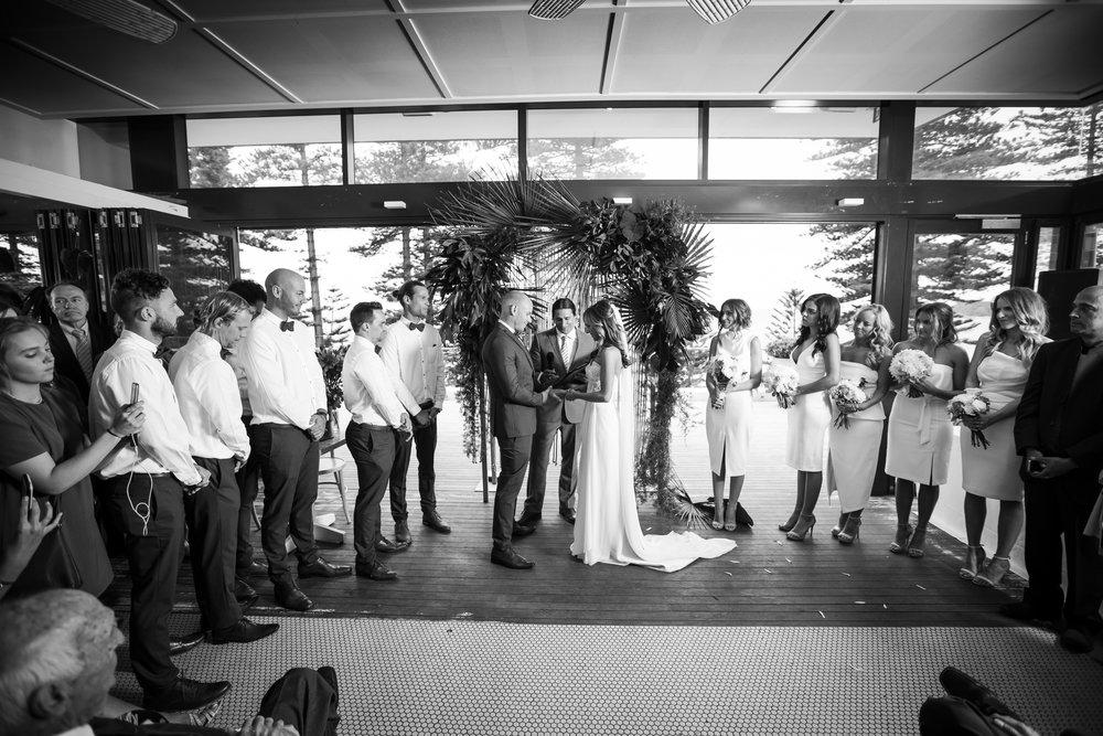 lauren and jordans wedding - trent the celebrant