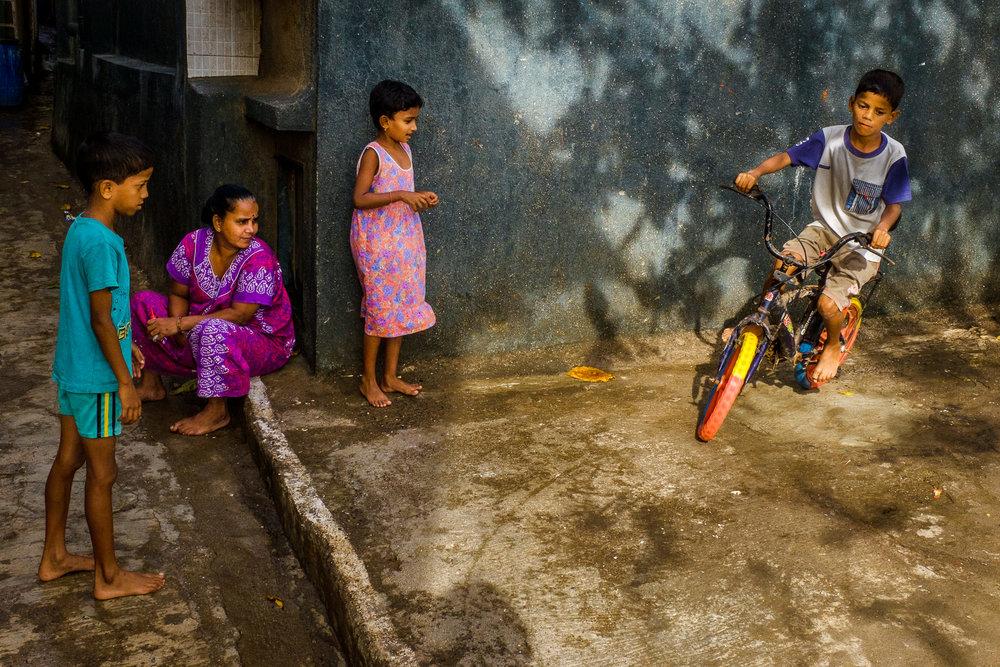 SamWalzade_Mumbai-15.jpg
