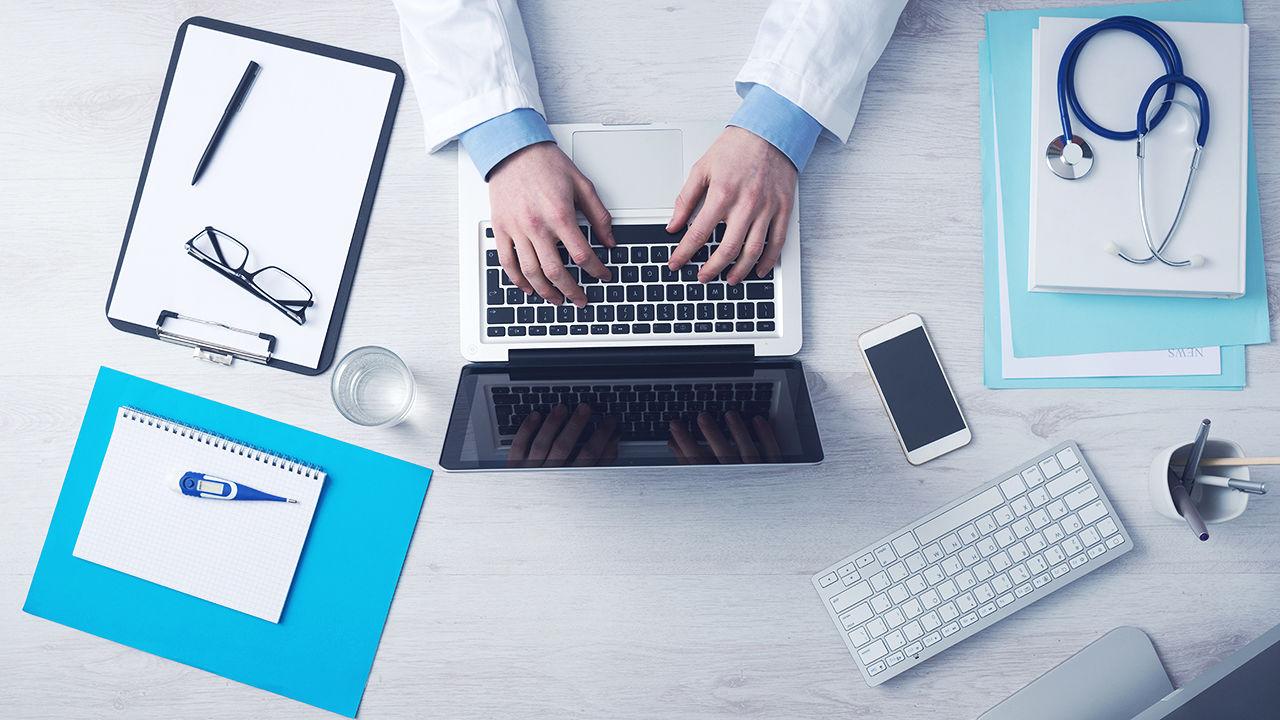 3059231-poster-1280-doctor-advising-startups