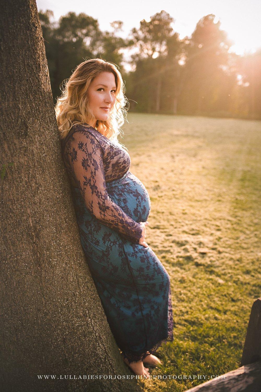 Essex-Morris-Bergen-nj-photographer-maternity-newborn-outdoors-sunset-golden-hour-blue