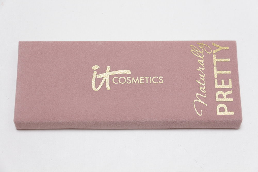 it cosmetics naturally pretty samantha series
