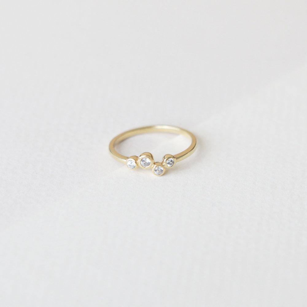 sapphire-ring-01.jpg