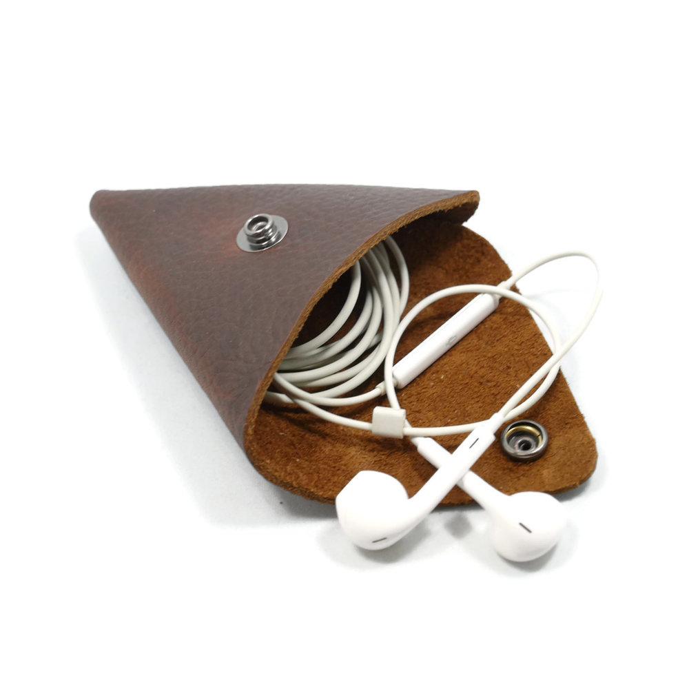 Change-purse-OPEN-Headphones.jpg