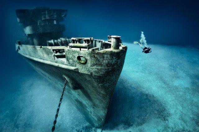The USS Kitiwake in the Cayman Islands