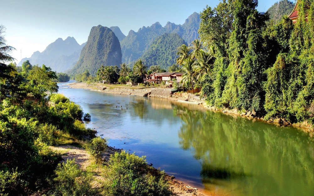 song_river_at_vang_vieng_laos1.jpg