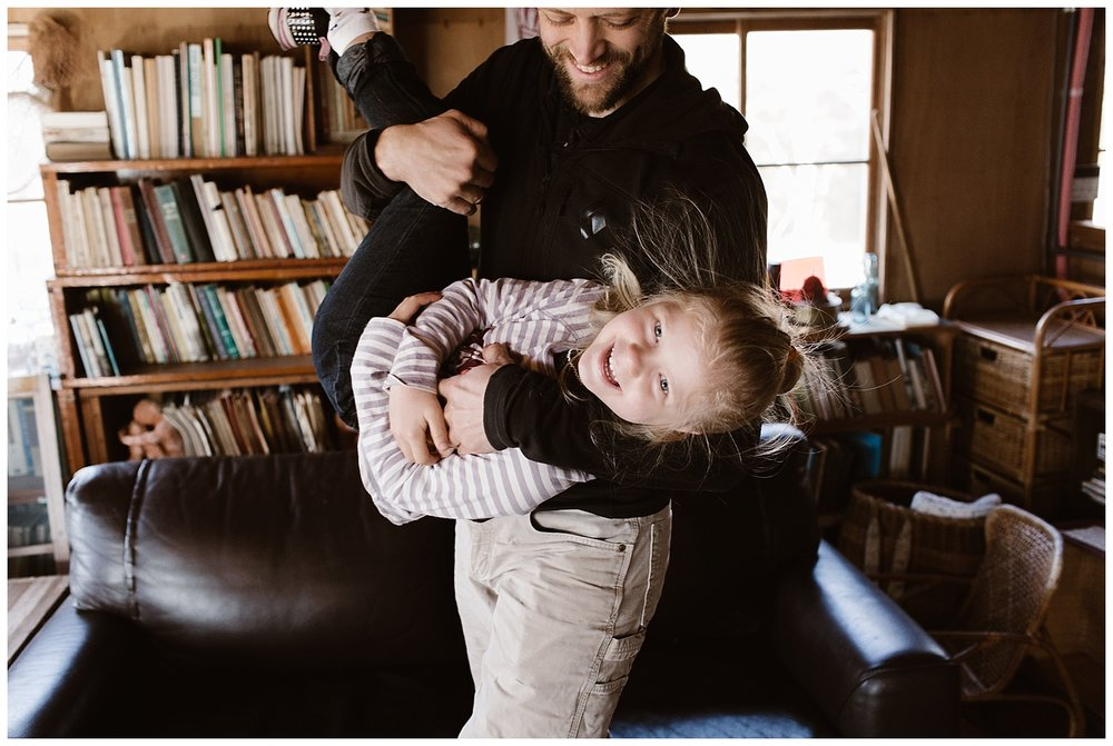 Cozy Home Lifestyle Session- Vancouver Island Family Photographer - Photo By Rachael Alexandra Co_0010.jpg