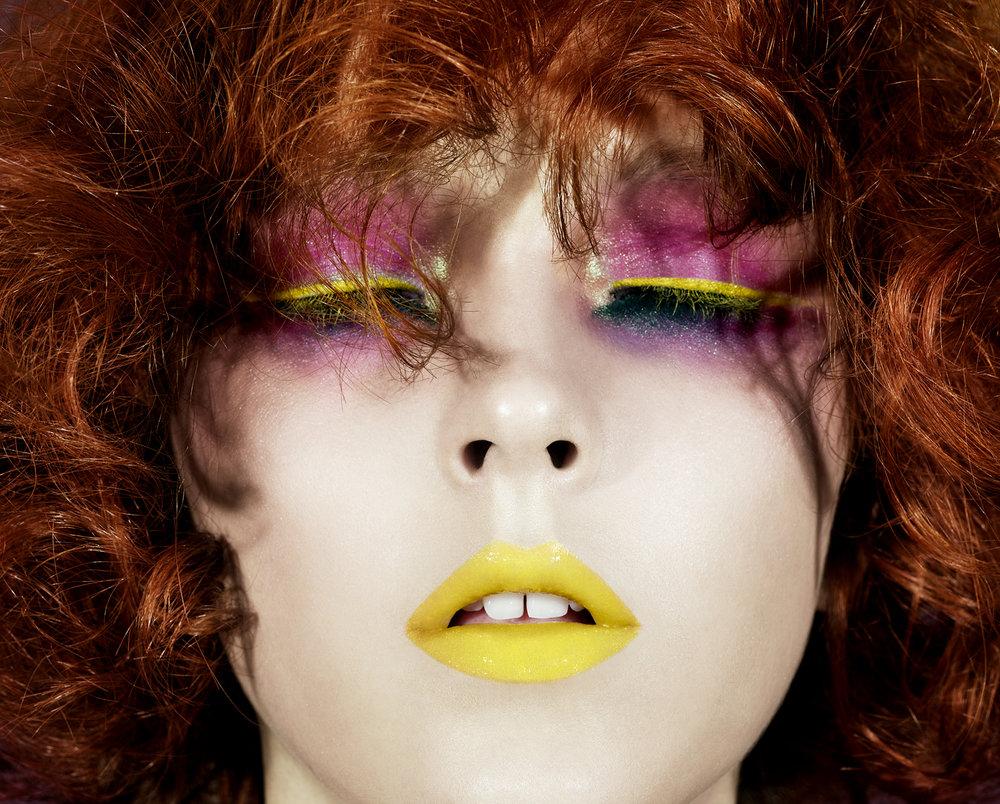 11X 14 P0RT GL0SSY R0LL-yellow lips beauty.jpg
