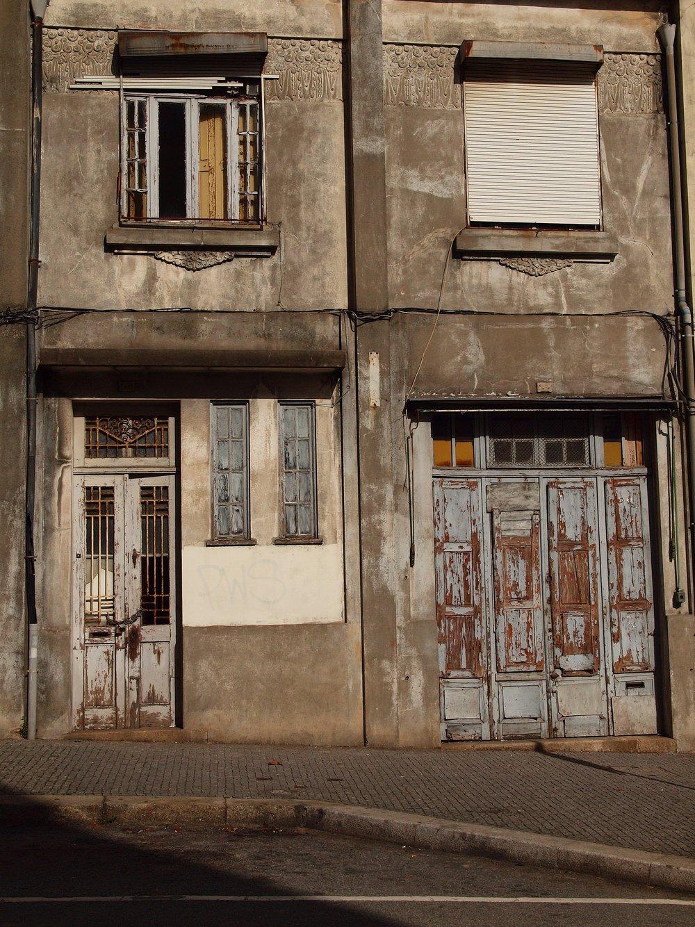 Manowski_Oporto_Doors.jpg
