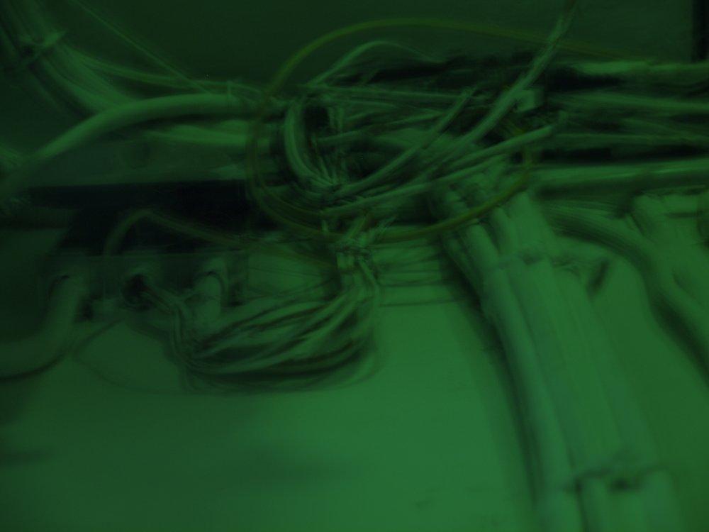 Wires_Cyan_Manowski.jpg