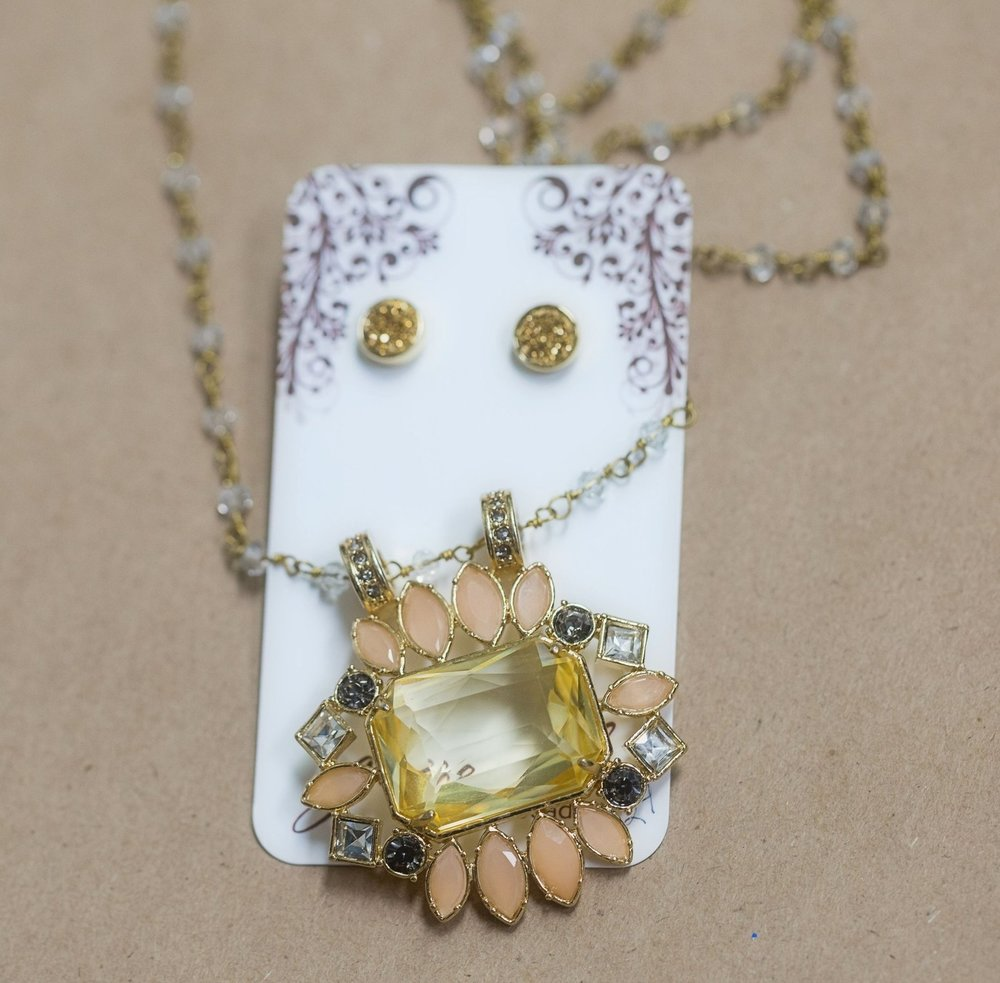 Grace Girl Beads Vintage Brooch Necklace and Druzy studs