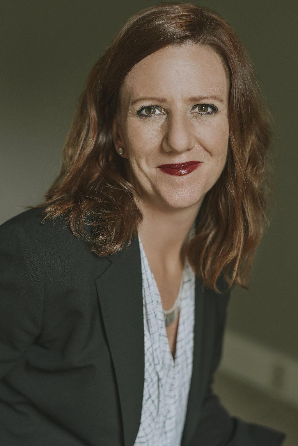 Lisa I. Toth