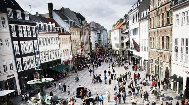 Ah, Stroget. (via www.visitcopenhagen.com)