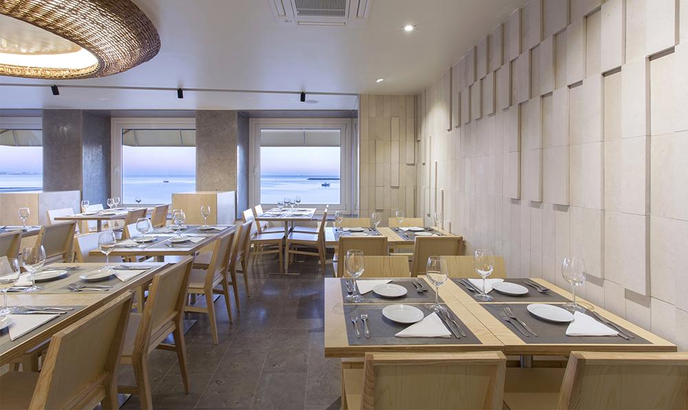 04_Restaurante na Praia da Rainha, Cascais.jpg