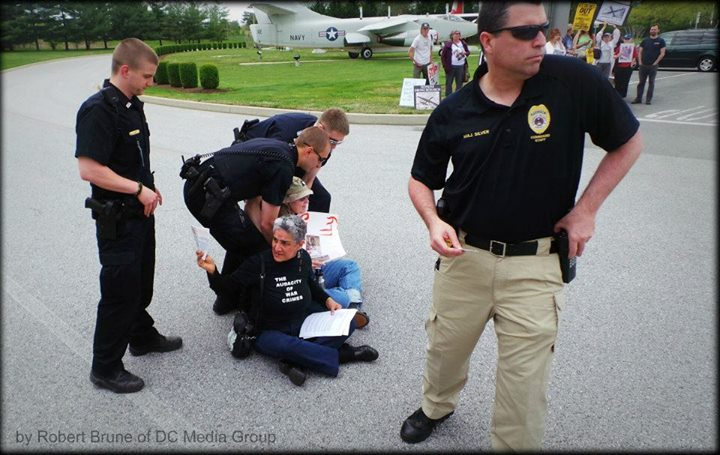 Drone-protest-at-NSA-arrests[1]