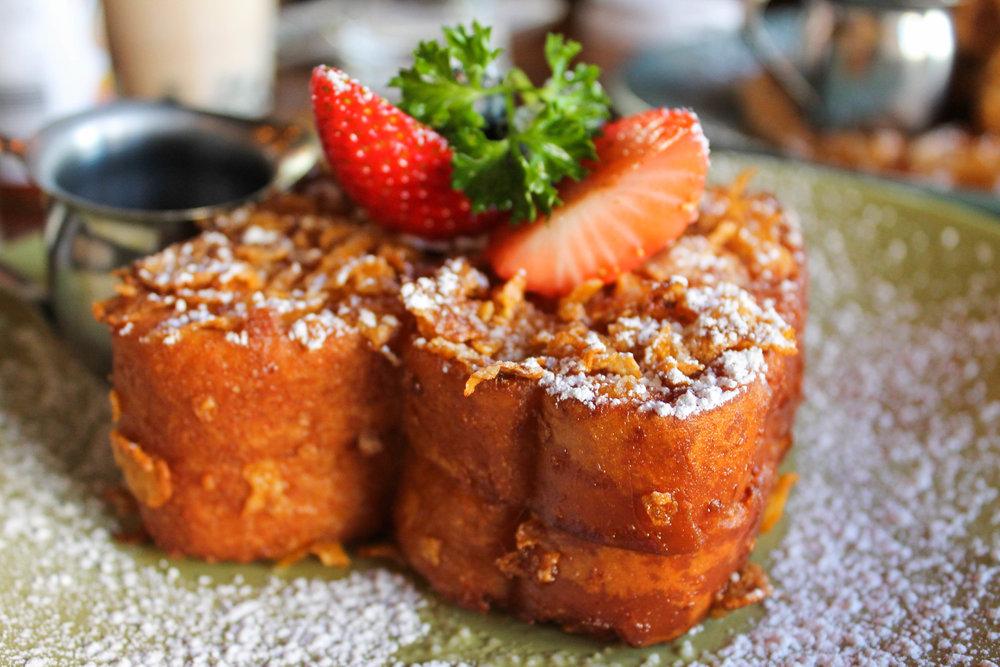 Blueberry marscarpone stuffed crunch french toast
