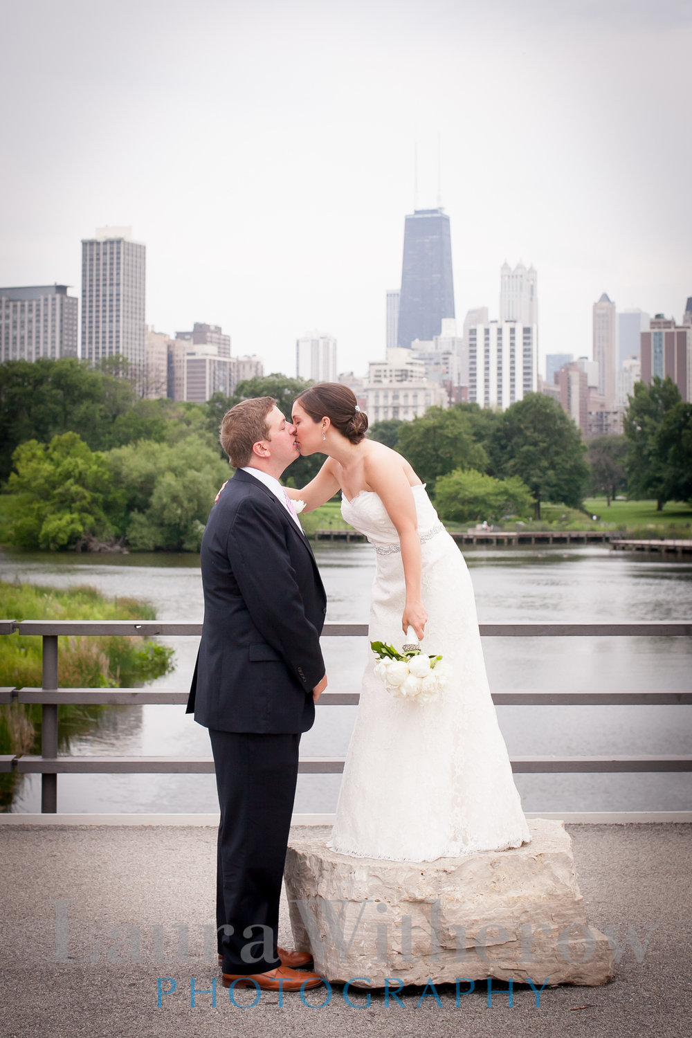 chicago-skyline-wedding-photo.jpg