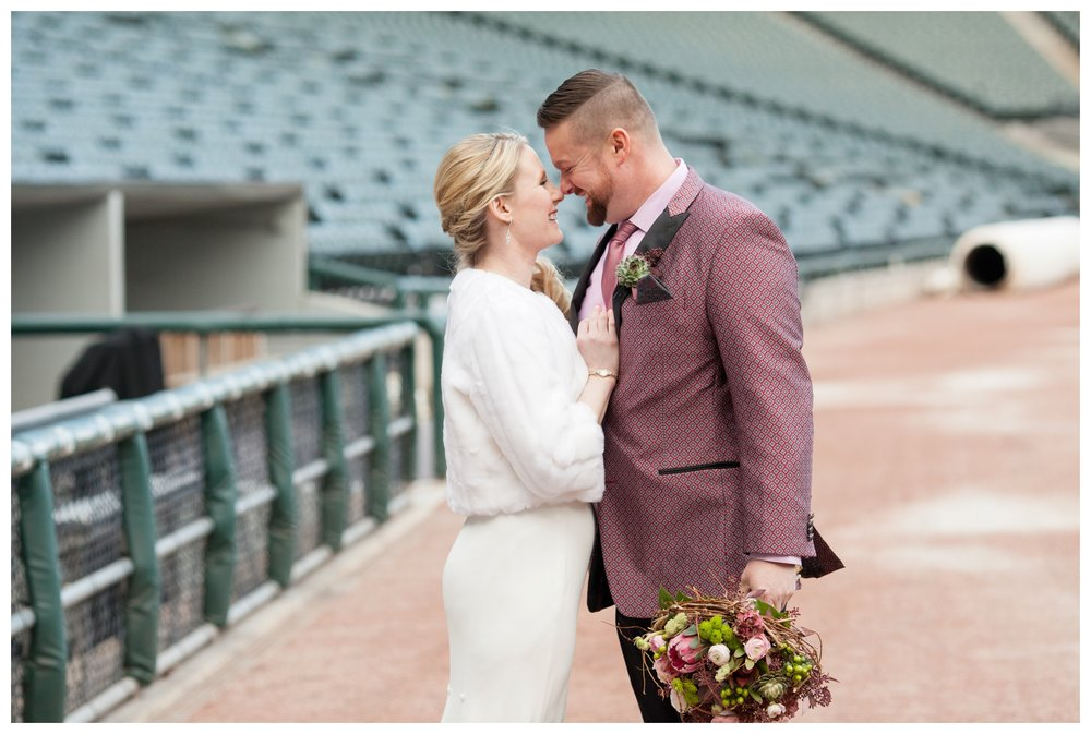 wedding-at-guaranteed-rate-field-chicago