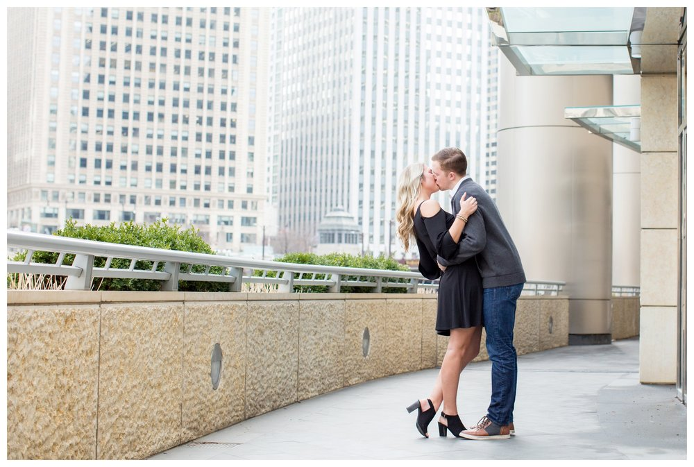 chicago-riverwalk-engagement-photographer
