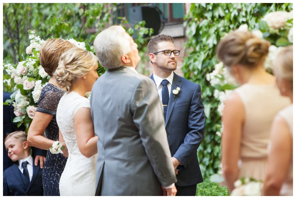ivy-room-chicago-wedding-ceremony