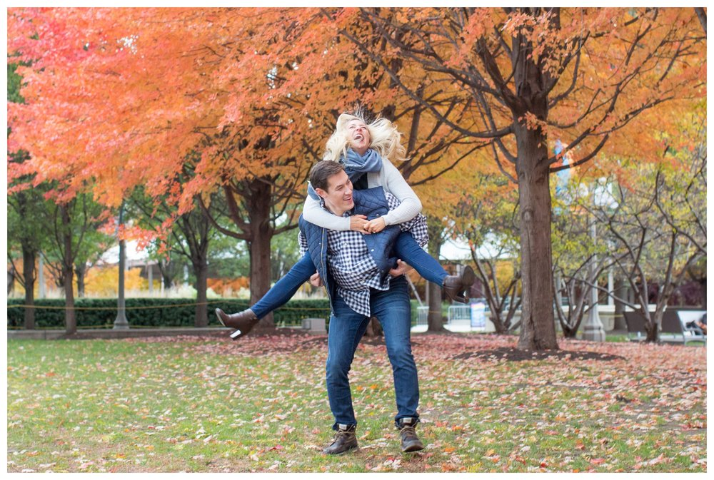 fall-engagement-photos-chicago