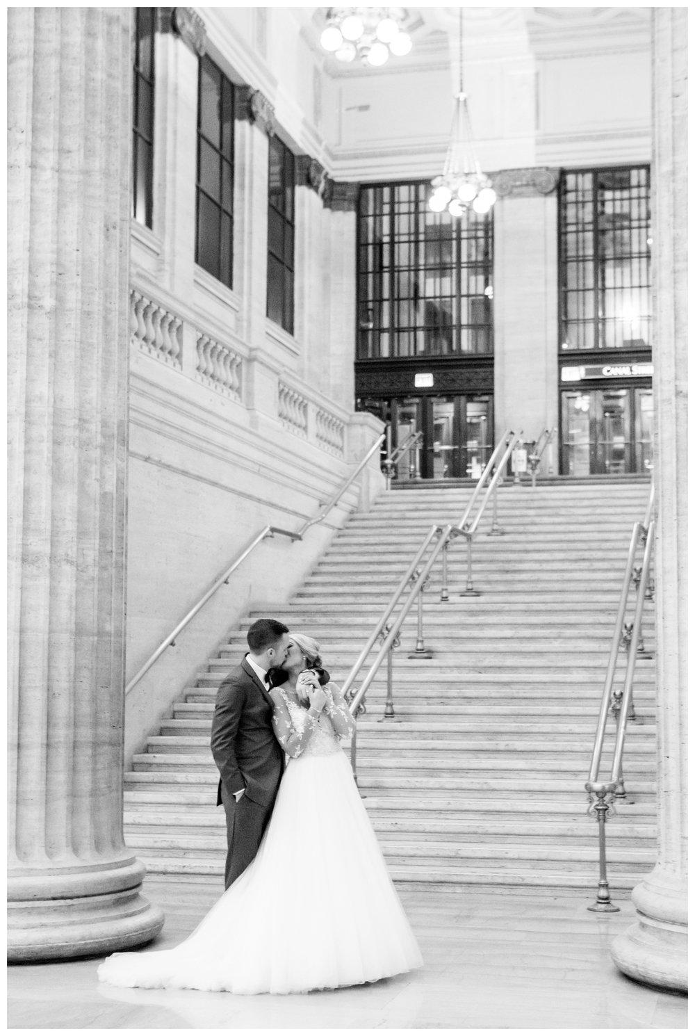 union-station-chicago-wedding-photographer