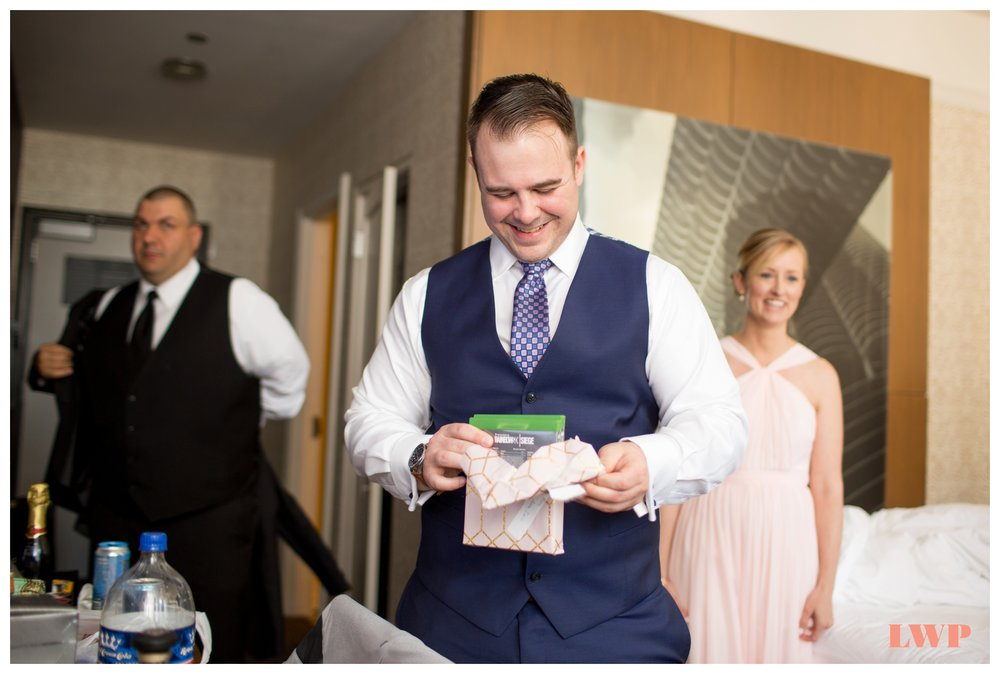 hotel-chicago-wedding-photography