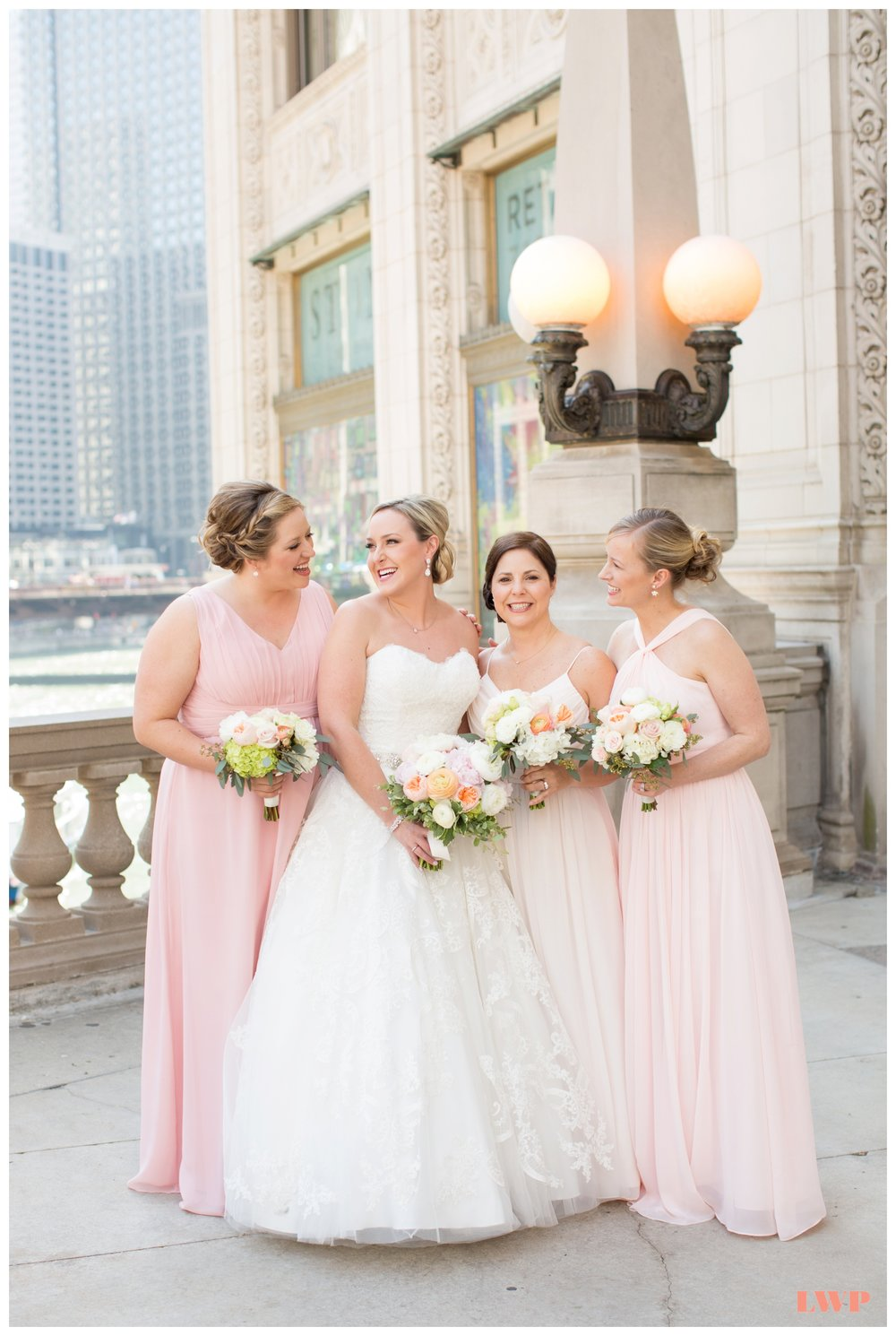 wrigley-building-chicago-wedding-photos